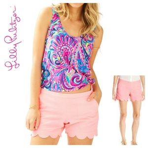 NWOT Lilly Pulitzer Magnolia Short In Guava. Sz 4